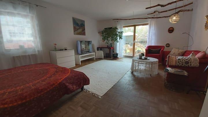 Gemütliche, großzügige Wohnung nahe Frankfurt