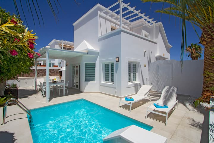 Villa Charlana | Beautiful detached villa in the exclusive Los Mojones area