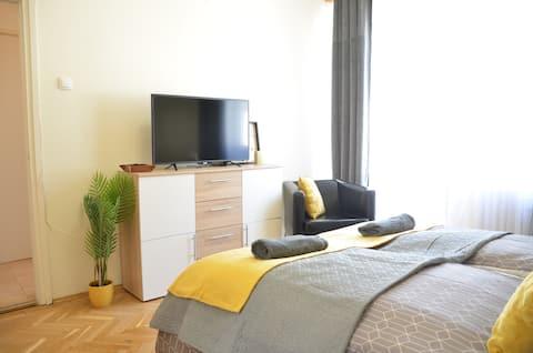 Piac street apartment