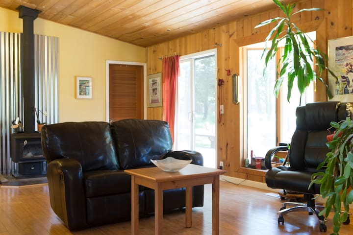 Secluded Tahoe Acre Room #2