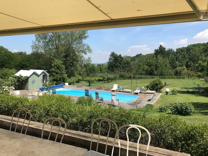 Beautiful villa in Monferrato with swimming pool