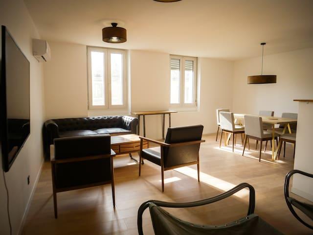 Grand appartement (+120m²) moderne et bien equipé