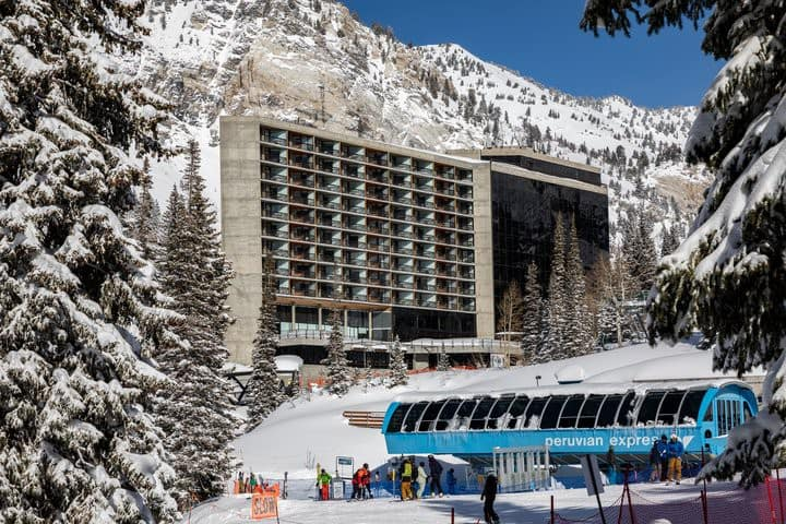 Cliff Club Snowbird/Alta 3/27-4/3 ONLY Ski in/out