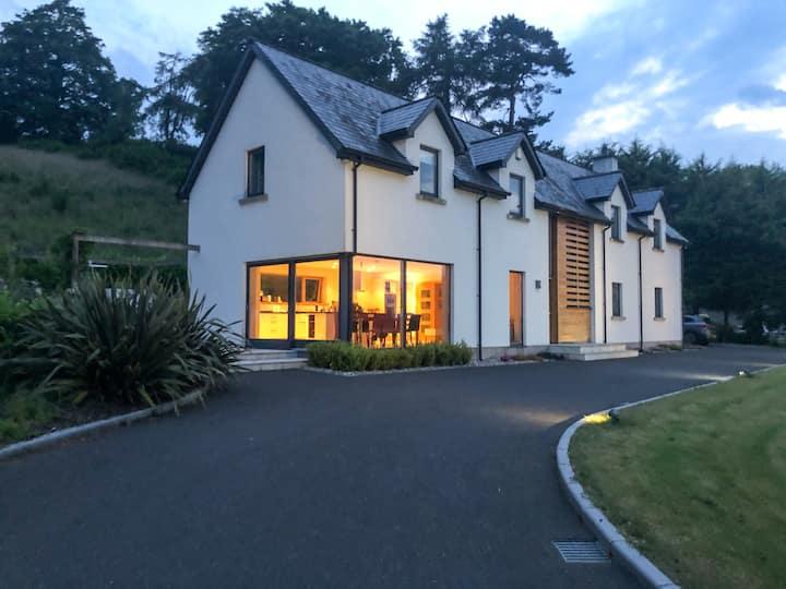 Luxurious 4 bedroomed Rural Retreat