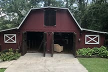 The Barn - Only 5 minutes to I65