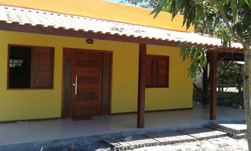 Casa na Praia de Imbassay BA