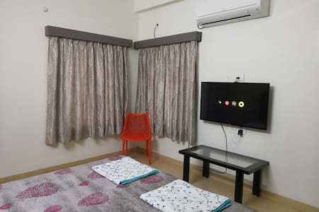 Shrivardhan Homestay Ground Floor Room G001
