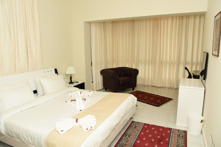 ONE BEDROOM APARTMENT .Your comfort is a must!