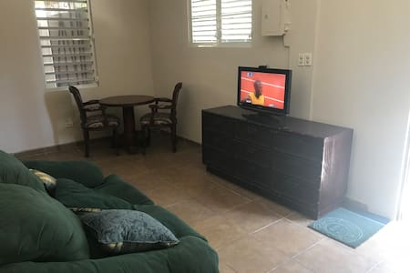 Cute Casita in Ponce Downtown- 2BRs and 1Bath