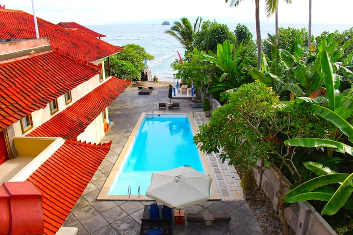 Room and Breakfast in Candidasa with Beach View - Manggis - Bed & Breakfast