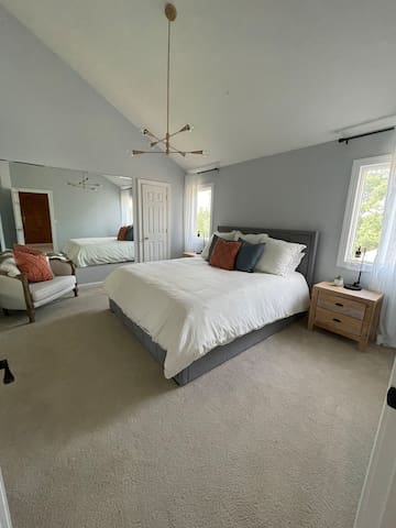 Bedroom 4 - upstairs.  California king (Puffy.com mattress)