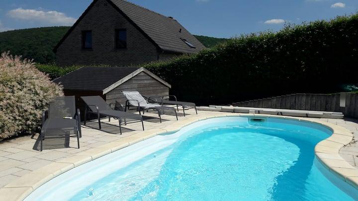 Chambre hôtes avec piscine (1er)