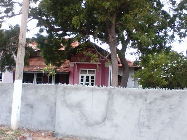 Ratnanithi holiday bungalow- Rooms CD&E