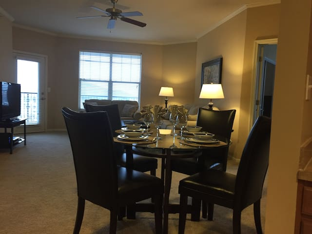 Lenexa City Center - Lenexa - Appartement