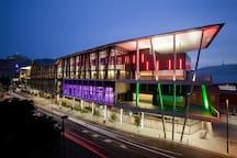 5 minutes walk to Brisbane Convention & Exhibition Centre