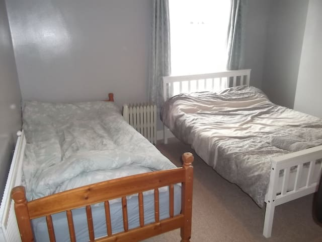 Private Double Room Near Staffordshire University