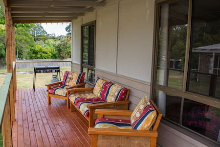 Sandy Bums Holiday Home - Mallacoota - Casa