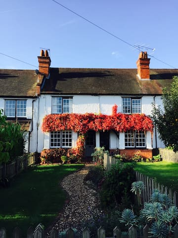 5 Wellington Cottages, Warren Row - Henley-on-Thames - Hus