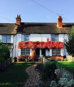5 Wellington Cottages, Warren Row - Henley-on-Thames - Haus