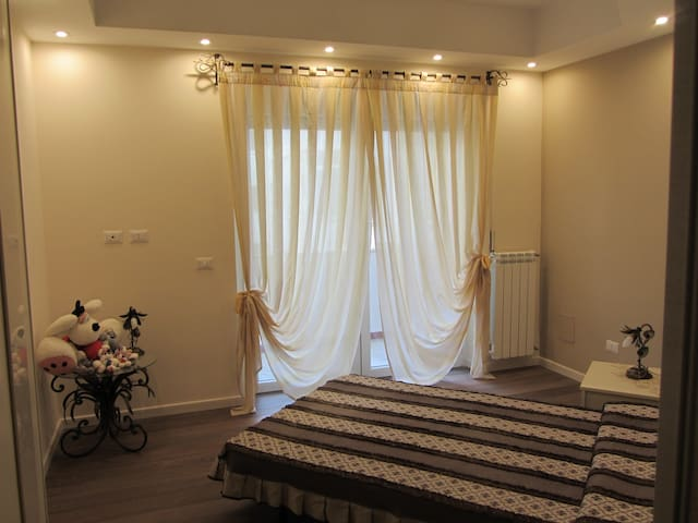 Private room near the center of Rome