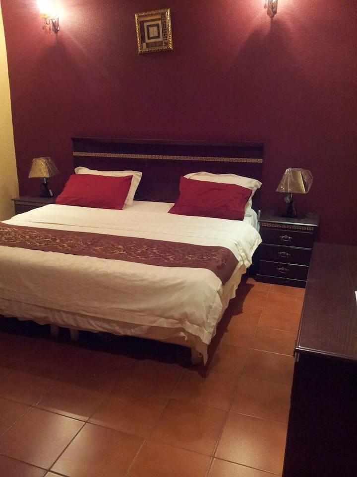 شقة كبيرة 3 غرف نوم في منتجع الصعب 1 في الشفاء
