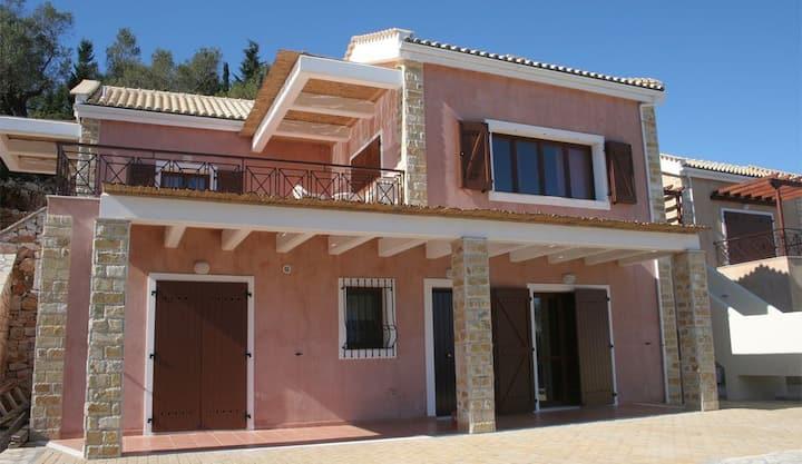 3 Bedroom Villa Sharing Pool with Sea View