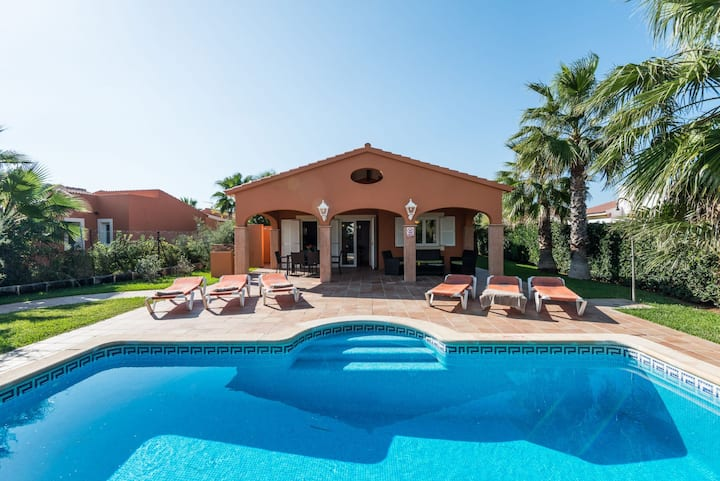Villa Peonia, Cala en Bosch, Menorca