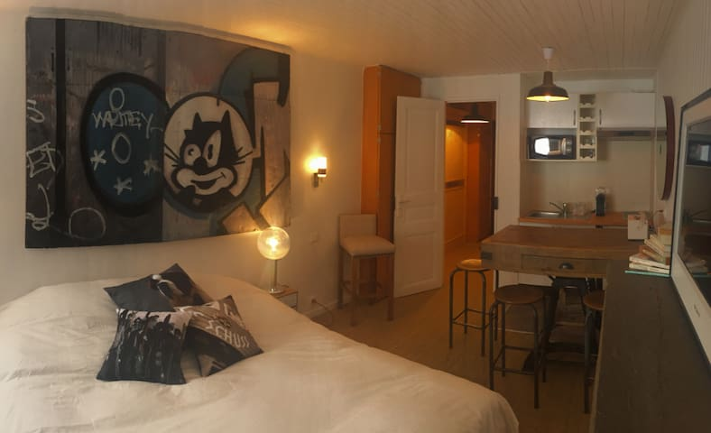 Sweet flat downtown Val d'Isere