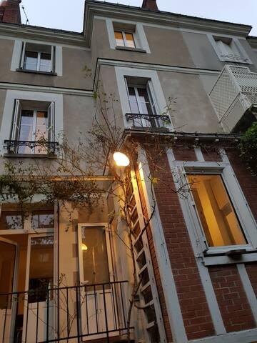 Hotel Particulier Jehan Fouquet (fêtes interdites)