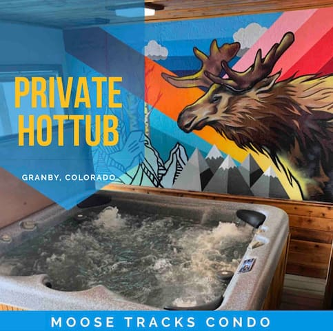 NEW! PRIVATE 8 Person *HOTTUB* Mnt View Ski In/OUT