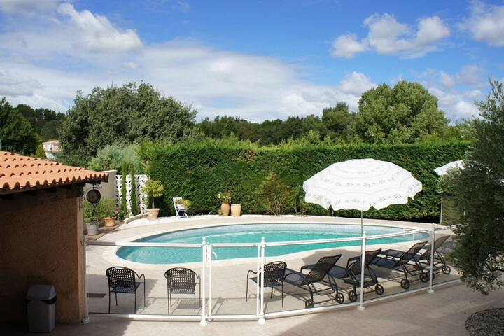 Elite Holiday Home in Greasque France with Swimming Pool