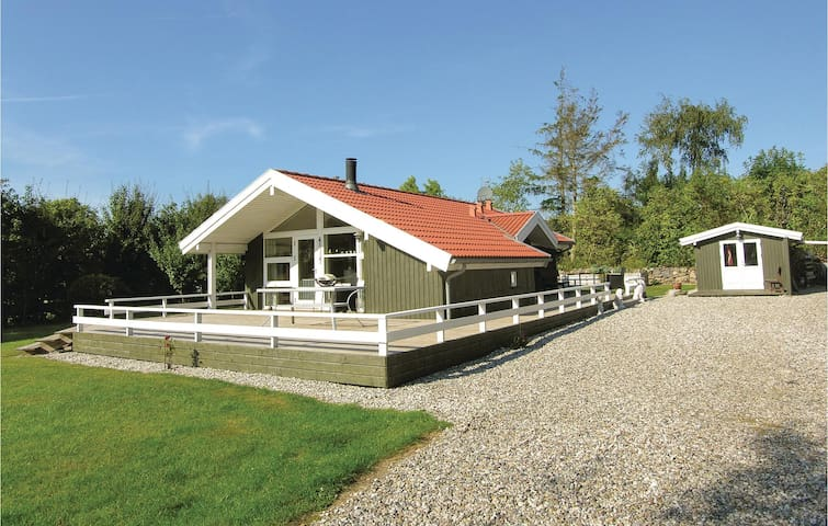 Holiday cottage with 2 bedrooms on 62m² in Humble