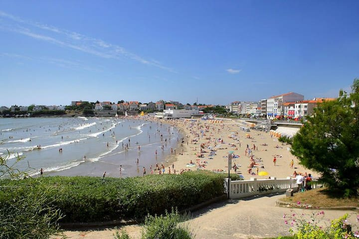 Maison 350m plage Pontaillac - Royan - House