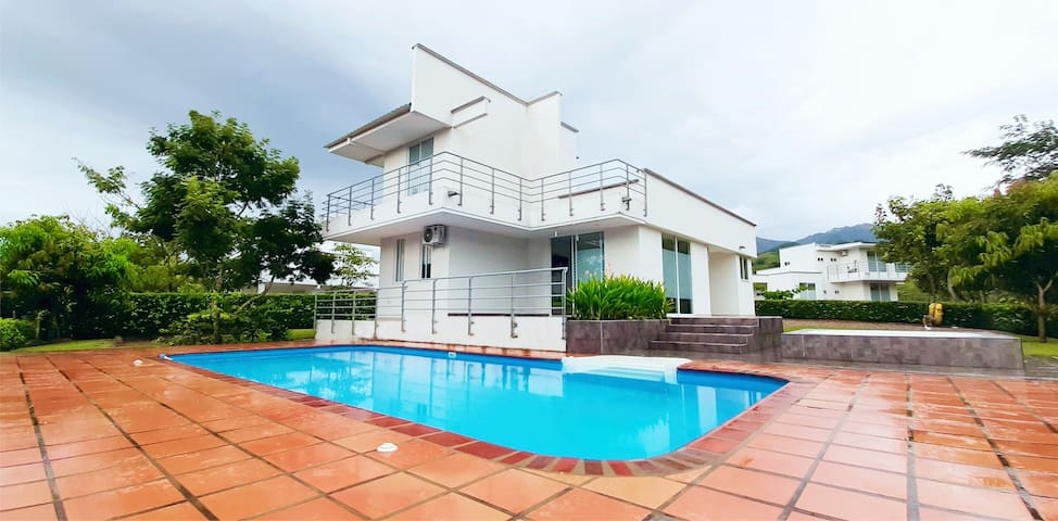 Espectacular Villa en condominio privado