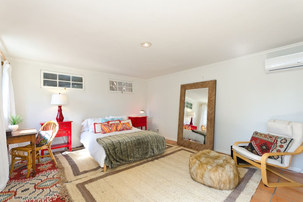 large guest house/bedroom with wifi and desk