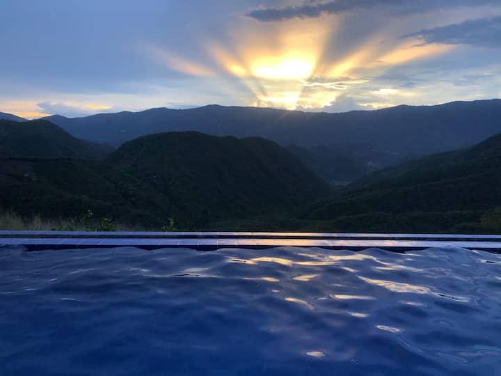 Casa de lujo con la mejor vista de Colombia