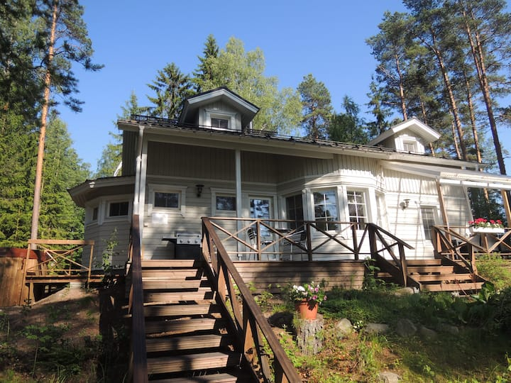 3 bedroom villa at the lake with sauna VILLA HELMI