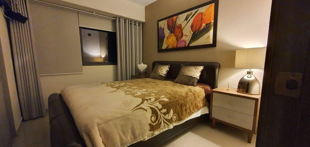 Habitación de lujo en condominio céntrico Gdl.