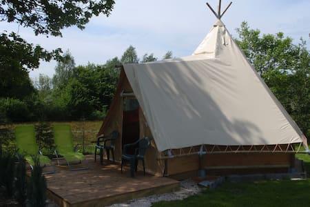 Cabane apache de la louvière - Le Clerjus