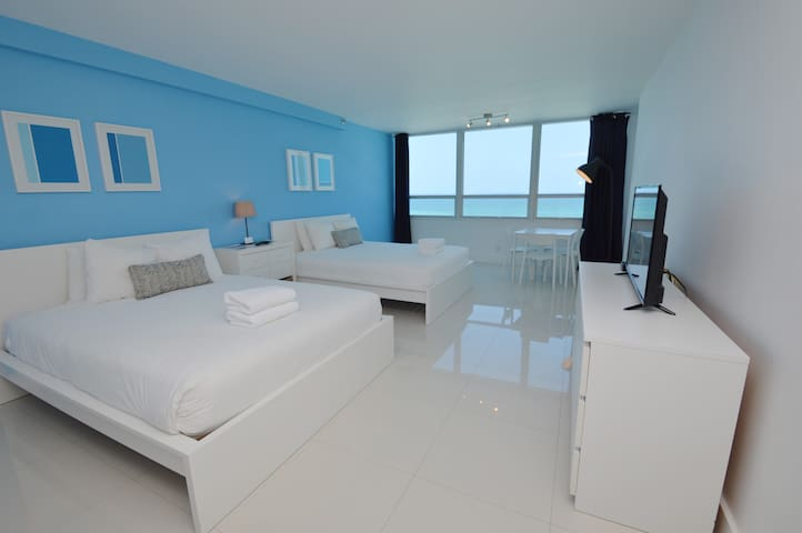180* Ocean View, Direct Beach Access, Pool, Wifi