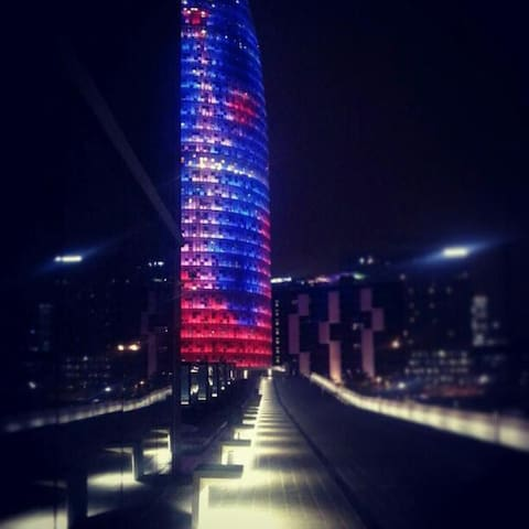 Torre agbar. 5 minutes walking