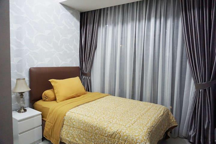 Bedroom No. 2 with 120x200 bed