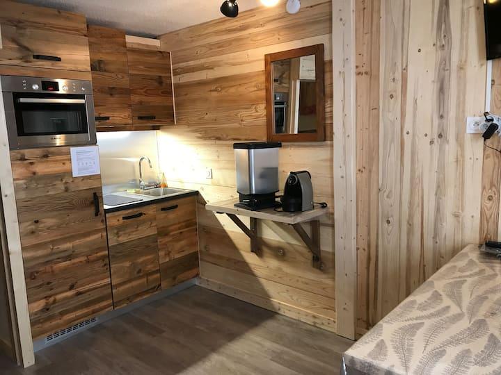 Appartement, entièrement rénové, centre Avoriaz.