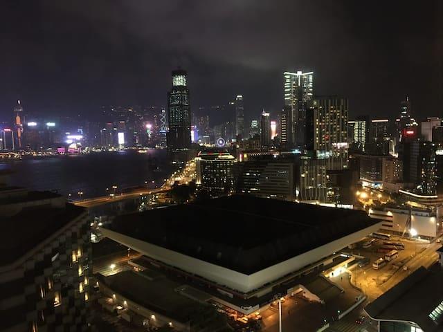 Above-Hung Hom MTR 180°C HK Pearl SeaView