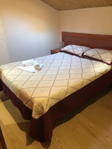 Great Room for 1 or 2  in Lovely Tetuan Apartment!