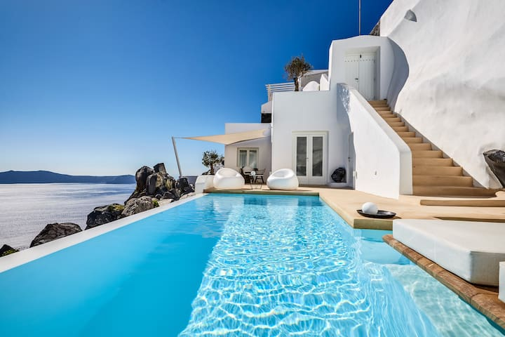 Villa Etheras