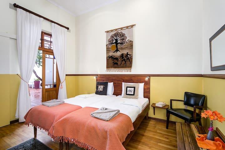 GUBAS DE HOEK meet eat sleep - Room 2