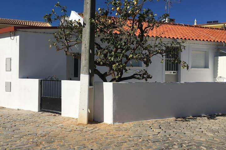 Casa (exterior)