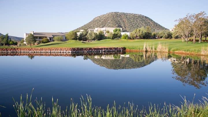 *Ridge On Sedona Golf Resort- Studio sleeps 4