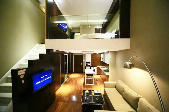 [理想之上]loft,雪之缘草原天路桦皮岭入口必经之路梦特芳丹两层大公寓